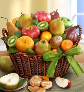 back-to-school-gift-ideas-fruit-basket