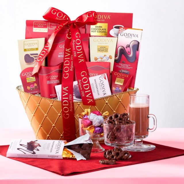 Valentines Chocolates Cookies amp Treats From Our Famous Brands Featuredhellip