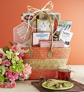 sweet brunch tote perfect for a picnic with your mom